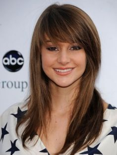 Love Long hairstyles with bangs? wanna give your hair a new look? Long hairstyles with bangs is a good choice for you. Here you will find some super sexy Long hairstyles with bangs, Find the best one for you, Long Hair With Bangs, Haircuts For Long Hair, Haircuts With Bangs, Girl Haircuts, Long Hair Cuts, Straight Hairstyles, Layered Hairstyles, Hair Bangs, Fringe Hairstyles