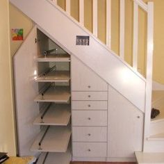 Super Ideas For Under The Stairs Toilet Basements Shoe Storage Under Stairs, Stairway Storage, Closet Under Stairs, Under Stairs Cupboard, Loft Stairs, House Stairs, Small Space Interior Design, Interior Stairs, Cupboard Storage