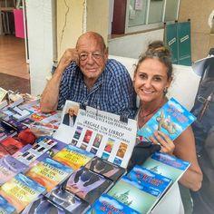 En #ViajaconCarla os cuento la historia de Rogelio García Galindo 86 años un gran amor  y 12 libros  publicados que vende en una mesa del paseo marítimo de #cabodepalos. Además podréis verle y escucharle recitar los poemas que dedica a Lola allá donde esté! #poeta