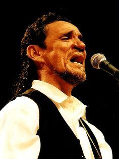 """...""""  fechando a ferida que só cicatriza na beira do mar """"... zé ramalho cantando um de seus inúmeros sucessos... >>> betomelodia - música e arte brasileira: Beira Mar, Zé Ramalho"""