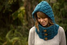 Hooded cowl - Allcrochetpatterns.net