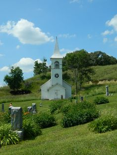 """Let the heavens rejoice, let the earth be glad; let them say among the nations, """"The Lord reigns!"""" 1 Chronicles 16:31 (Pic Moorehead, Iowa)"""