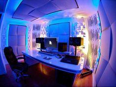 DJ Hardwells studio
