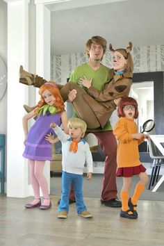Scooby Doo family costume OMG SO SO CUTE