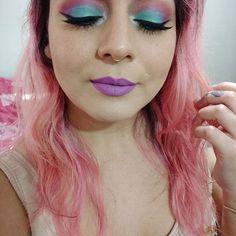 E a vontade de usar essa make todos os dias? TENHO! Hahahaha 😄💕  #mermaidmakeup #ilovemakeup #makeup #pinkhair #batonsdakah #batomcarousel #tblogs