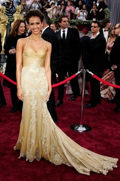 My ALL time favorite Red Carpet dress... Jessica Alba. Oscars 2006