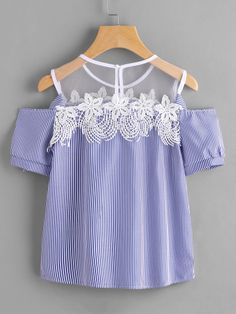 Women Sexy Flower Blouses 2017 Short Sleeve Off Shoulder Lace Striped Blouse Female Casual Tops Blusas Blue Pink Black Summer Outfits, Girl Outfits, Cute Outfits, Lace Bows, Stripes Fashion, Blouse Styles, Casual Tops, Blouses For Women, Ideias Fashion