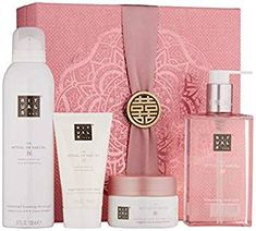 Shop a great selection of RITUALS The Ritual Sakura Gift Set Medium, Renewing Ritual. Find new offer and Similar products for RITUALS The Ritual Sakura Gift Set Medium, Renewing Ritual. Shower Foam, Shower Gel, Rituals Cosmetics, Gifts For Women, Gifts For Her, Hair Essentials, Rose Gift, Sakura, Spa Gifts