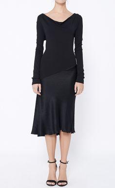 Donna Karan Black Dress   VAUNTE