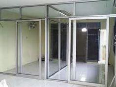 Jasa pemasangan pintu alumunium, cek di http://www.partisiallumuniumkaca.com/partisikacaframed.html