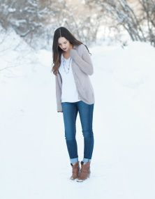 Fashion, style, women's outfit, winter, mountain, photography, lipstick, Krystal Lou Photography