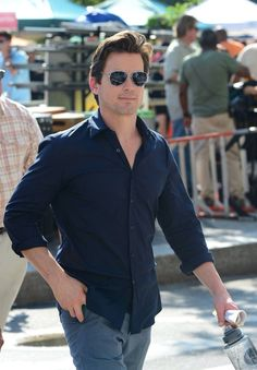Omg!! Beautiful Matt!!! I dont understand how this man can walk around looking the way he does ....And not  be mobbed