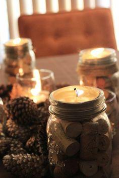 bougie de bouchons en liège pour créer une ambiance romantique et festive à la table