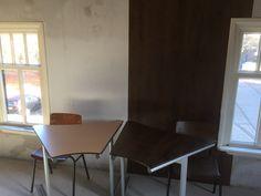 Muren, tafels, stoelen, deuren wrappen met onze interieurfolie