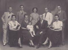 Family Portrait 1940 | Family photo 1940 | Richard III | Pinterest