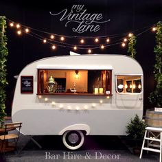 22 ideas for vintage food truck design mobile bar Caravan Bar, Retro Caravan, Mini Caravan, Mini Bars, Vintage Caravans, Vintage Trailers, Vintage Campers, Vintage Airstream, Bar Mobile