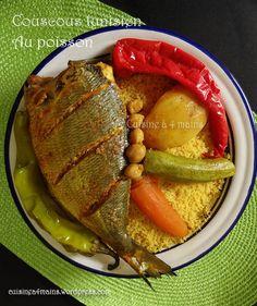 Couscous tunisien au poisson.La première fois que j'ai dégusté ce type couscous c'était dans une gargote attenante à la célèbre mosquée Zitouna de la Médina de Tunis. Les deux p… Mets, Unique Recipes, International Recipes, Steak, Traditional, Dishes, Cooking, Kitchen, Gluten