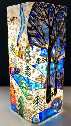 Stained Glass Vase Christmas Shine Home Decor Painting Glass Jars, Painted Glass Vases, Glass Painting Designs, Glass Flower Vases, Painted Wine Glasses, Bottle Painting, Diy Painting, Glass Art, Glass Bottle Crafts