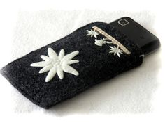Cell phone cosy