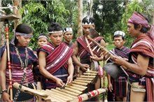 Bahnar, Jrai music to be performed in Finland  VietNamNet Bridge – A group of folk musicians from Bahnar and Jraiethnic groups from Gia Lai Province in the Central Highlands willperform at festivals in Finland from now to July 9.  #24htour  #vietnamtravelnews #vietnamnews #traveltovietnam #vietnamtravel #vietnamtour