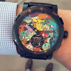 Can you guess how many Pokemons are featured in this @rjromainjerome unique piece?⚡️
