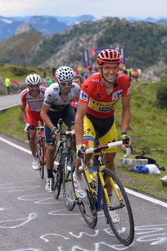 Gallery: 2014 Vuelta a Espana, stage 15 - Alberto Contador (Tinkoff-Saxo) kept turning the screws on the final climb to Lagos De Covadonga. Only two rivals could follow. Photo: Tim De Waele | TDWsport.com Read more at http://velonews.competitor.com/2014/09/gallery/gallery-2014-vuelta-espana-stage-15_344475#ArCToelzdX550JKr.99Alberto Contador (Tinkoff-Saxo) kept turning the screws on the final climb to Lagos De Covadonga. Only two rivals could follow. Photo: Tim De Waele | TDWsport.com