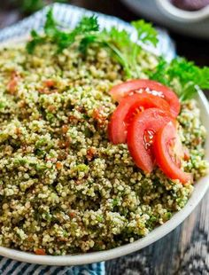 Vicky& Easiest Ever Tabouli. This easy Tabouli is a healthy and simple make-ahead dish the whole family will love. Homemade Scalloped Potatoes, Scalloped Potato Recipes, Baked Potato Recipes, Healthy Weeknight Meals, Easy Meals, Apple Crisp Pizza, Tabouli Recipe, Broccoli And Potatoes, Baked Potatoes