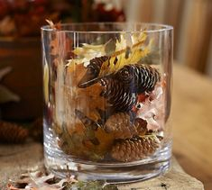 DIy Oak Leaf and Pine Cone Vase Filler ~ Easy craft for fall / autumn! I <3 this project! #diy #leaf #pinecone #vase #fall #autumn