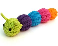 Rattle Caterpillar - Cat Toy