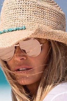 Elle Macpherson's guide to healthy summer travel Fashion 101, Fashion Advice, Fashion Looks, Fashion Outfits, Womens Fashion, Fashion Trends, Fashion Ideas, Ladies Fashion, Fashion Styles