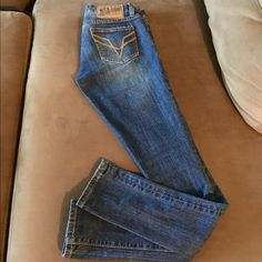 """Vigoss Studio Denims Jeans in """"Manhattan"""" size 25 Used twice, perfect condition. Fits really well except for the length. Unfortunately short girl problems, the hem is all bunched up at the end. I'm 5'2, btw. Bought it at Nordstrom so it's quality jeans. Vigoss Jeans Skinny"""
