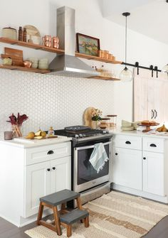 Tips for Prepping Airbnb Kitchens for Guests!