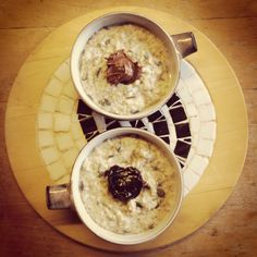 Seedy porridge (pumpkin, sunflower & chia) with a choice of topping: pear and apple or Nutella.