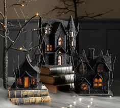 Get the Pottery Barn look for less with my DIY Pottery Barn Inspired Halloween House. These directions will show you how to make a fun, slightly scary Halloween accessory for your home using a pre-made cardboard house from the craft store. Halloween Village, Halloween Haunted Houses, Halloween Home Decor, Halloween House, Holidays Halloween, Scary Halloween, Vintage Halloween, Halloween Decorations, Halloween Crafts