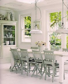 Country chic dining room via House & Home Style At Home, Deco Luminaire, Shabby Chic, Dining Room Inspiration, White Rooms, Home And Deco, Country Chic, Modern Country, Rustic Chic