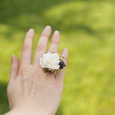 "Ring ""Beauty of a rose"",Flower ring, jewelry von Magaela auf DaWanda.com"