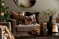 News and inspiration! Winter and Christmas from Kremmerhuset # . News and inspiration! Winter and Christmas from Kremmerhuset # IKEA Söderhamn in Finsta Türkisliving . Ikea, Accent Chairs, Throw Pillows, Living Room, Brown, Furniture, Christmas Inspiration, Home Decor, Homes