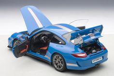 AUTOart: Porsche 911 (997) GT3 RS 4.0 - Blue (78145) in 1:18 scale