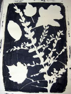 Leafy Spring Prints - not sure if I'd do this for a big class of kids... but cool project for home