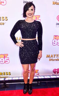 Demi Lovato looks beautiful on the carpet at Jingle Ball in Washington D.C!