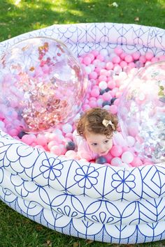 New baby first birthday games ball pits ideas First Birthday Games, Backyard Birthday Parties, 1st Birthday Party For Girls, 1st Birthday Activities, Kids Birthday Decorations, 1 Year Birthday Party Ideas, Simple First Birthday, Birthday Cards, Ideas Party