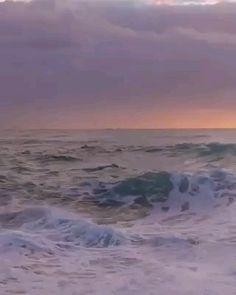Water Aesthetic, Film Aesthetic, Aesthetic Pastel, Waves Song, Ocean Waves, Wave City, Ocean Video, Tumblr Iphone Wallpaper, Waves Wallpaper