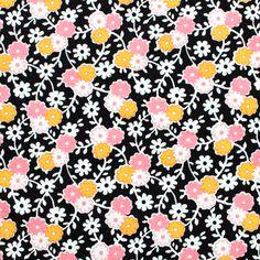 Penny Rose Fabrics(ペニーローズ・ファブリックス)「Hope Chest Garden Black C4253」の生地通販ページ。「Hope Chest Garden Black C4253」は、30年代のヴィンテージ柄を復刻した Erin Turner デザインによるコレクション「Hope Chest」の一つ。黒地にピンクとオレンジの小花、ホワイトの葉っぱ柄。色の組み合わせによる明暗のメリハリが効いたポップなデザインです。色違いでたくさん揃えたくなる可愛らしい生地ですね。当店は海外ブランドのかわいい生地を専門に販売する輸入生地の通販ショップです。デザイナーズファブリックを多数取り扱っています。