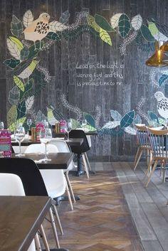 Zizzi, Gloucester, UK by Scardigno Design Restaurant Design, Restaurant Furntiure Trend: Graphic Walls #restaurantdesign
