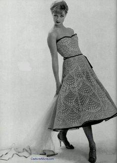 Chanel Haute Couture 1957.