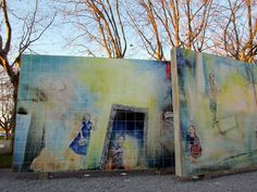 """José Emídio  Painel de azulejos com 90m2 inaugurado em Dezembro de 2016 no parque 25 de Abril em Matosinhos. Crédito fotográfico de """" o Porto encanta"""" (obrigado Rita Branco)"""