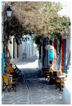 One of the island's picturesque cobblestone alleys. Paros Greece, Mykonos, Paros Island, Greek Isles, Greece Islands, Adventure Is Out There, Places To See, Greece Holidays, Greece