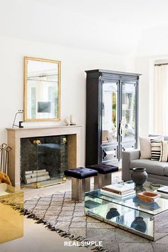 """22 Chic and Clean Modern Living Room Design Ideas 