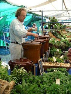 Spices and Pestos at Noordermarkt Farmers' Market