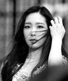 #Taeyeon #leader #SNSD #blackandwhite
